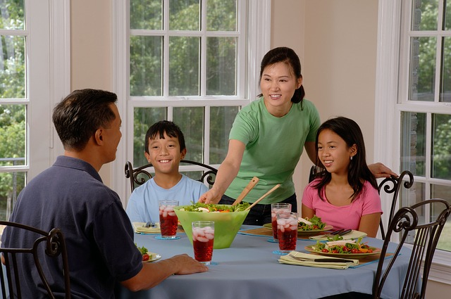 fostering a healthy relationship with food